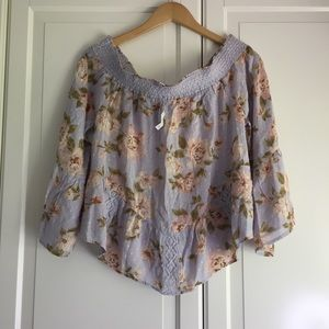 🌼2 for $50🌼 American Eagle Off-the-Shoulder Top